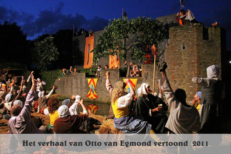 Toneelspel Otto van Egmond bij Kasteel Keenenburg2011 - HGr
